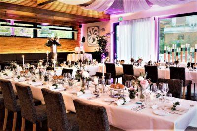 Hochzeit gedeckter Tisch